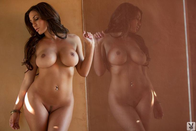 Порно фото под юбкой видео