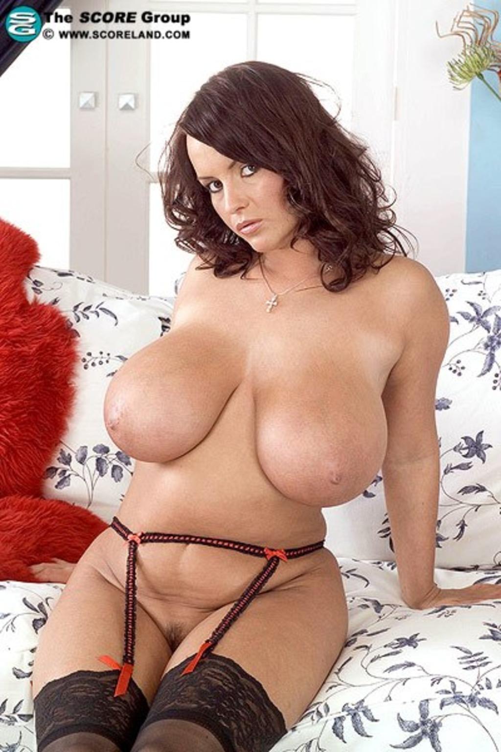 Зрелые женщины с огромной грудью