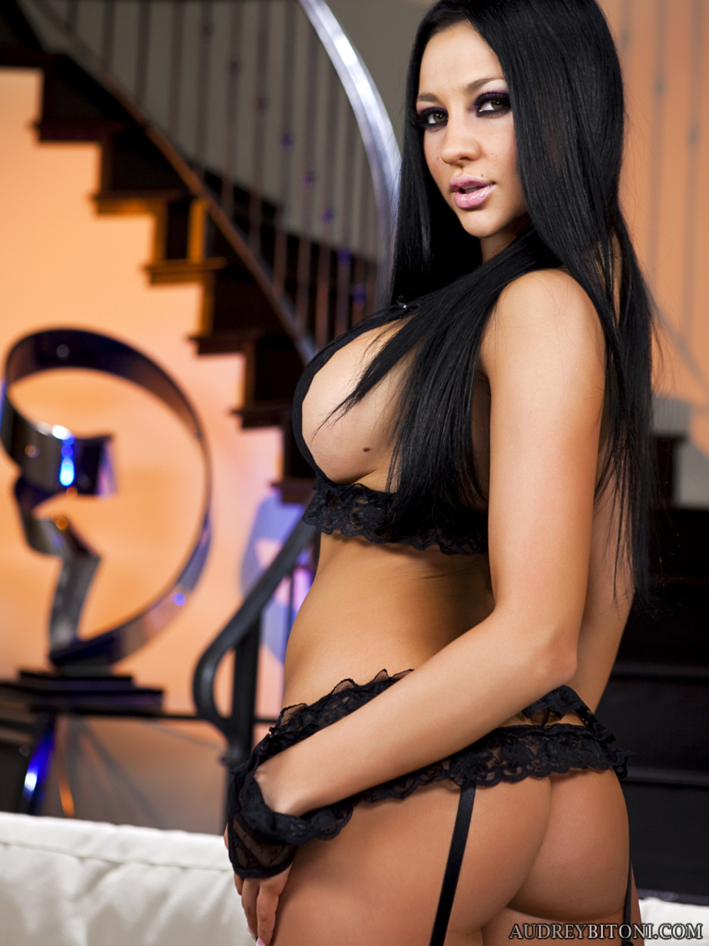 Magnificent Brunette, Audrey Bitoni, Flashes Their Way Dispirited Heavy Confidential With The Addition Of